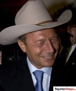 basescu-un-cowboy-cam-necioplit